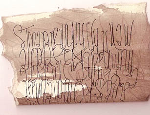 Blind contour writing, written upside down