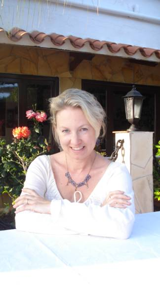 Christine Hohlbaum, author, mom, and expat.
