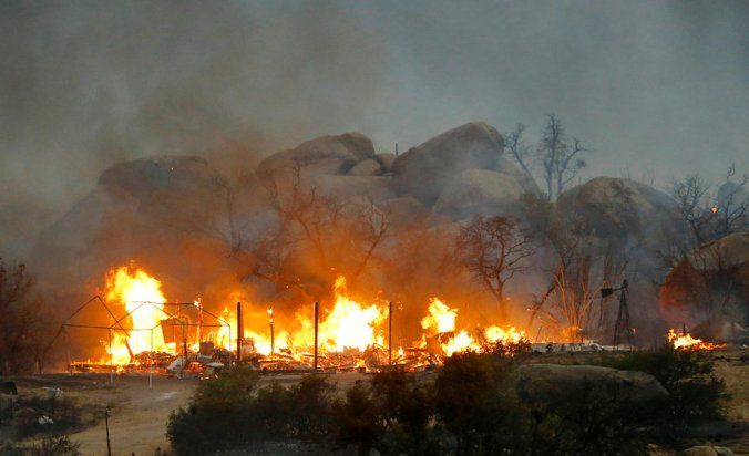 Yarnell wildfire  © David Kadlubowski / Associated Press / June 30, 2013