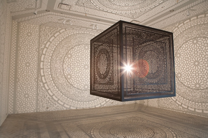 shadow-cube-light-installation-art-interesctions-by-anila-quayyum-agha-3