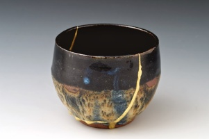 """When the Japanese mend broken objects they aggrandize the damage by filling the cracks with gold. They believe that when something's suffered damage and has history it becomes more beautiful""- Billie Mobayed. Image and quote from http://freyahmfashion.blogspot.com"