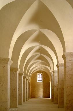 The hallways of the Great Mosque of Aleppo.