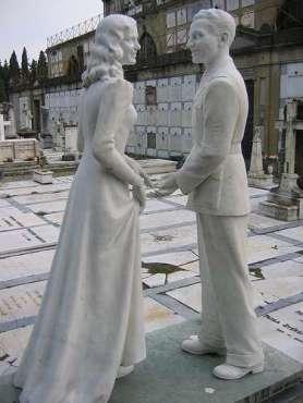 unusual-tombstones