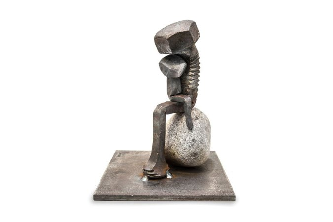 tobbe-malm-transforms-steel-bolts-into-evocative-sculptures-3